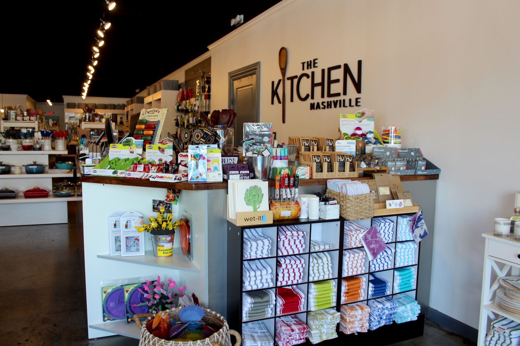 Kitchen Supply Store Near Me Open To Public