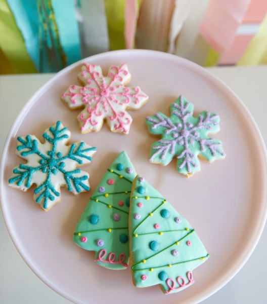 New Braunfels baker wins Food Network's 'Christmas Cookie Challenge'
