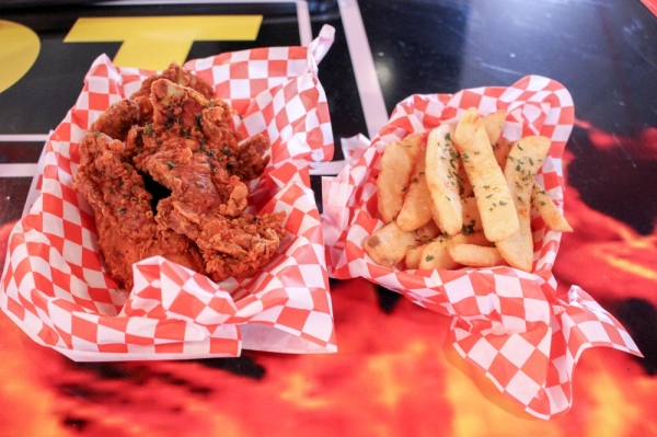 Family-run business Hot Spot brings soul food to Rayford Road