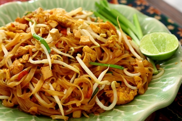 246 Thai Grab & Go will offer a Thai street food-style menu, including pad thai, sticky rice and kaphrao. (Courtesy 246 Thai Grab & Go)