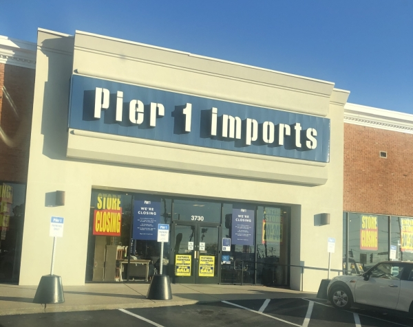 Home Decor Store Pier 1 Imports Closing In Green Hills