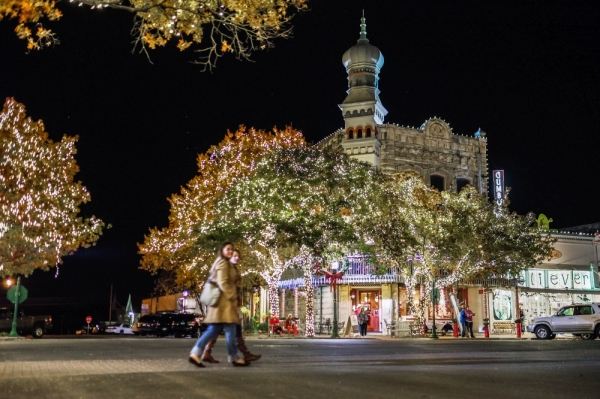 Experience the magic of the holiday season in Georgetown at the annual lighting of the square event, held at dusk on Nov 29. (Courtesy Rudy Ximenez)