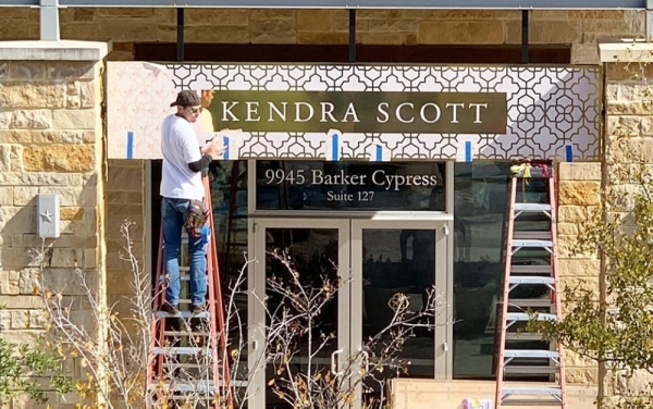 Kendra Scott will open a Cypress pop-up shop later this month. (Courtesy Boardwalk at Towne Lake)