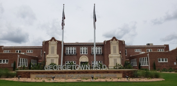 Georgetown ISD Hammerlun Center for Leadership and Learning is located at 507. E. University Ave., Georgetown.