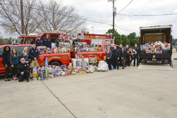 Richardson Fire Department annual toy and food drive