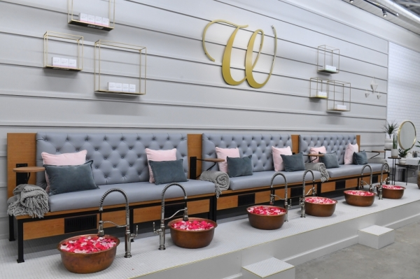 W Nail Bar is now open in Sunset Valley