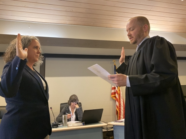 Rollingwood City Council Member Amy Pattillo was sworn in during the Nov. 20 regular meeting, as were Council Members Wendi Hundley and Buck Shapiro.