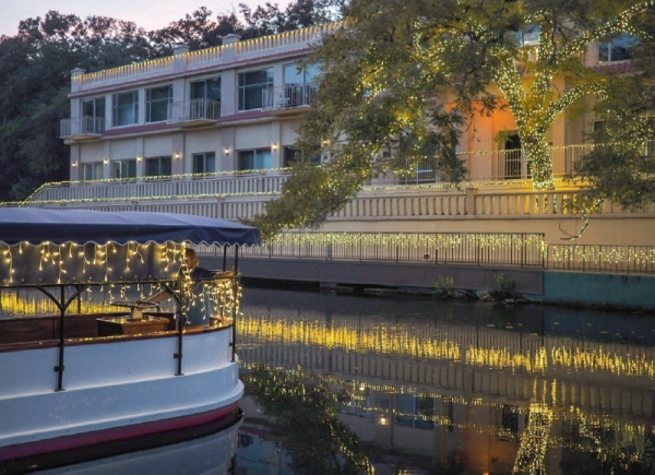The Meadows Center transforms its glass-bottom boat tour for the holidays. (Courtesy Meadows Center for Water and the Environment)