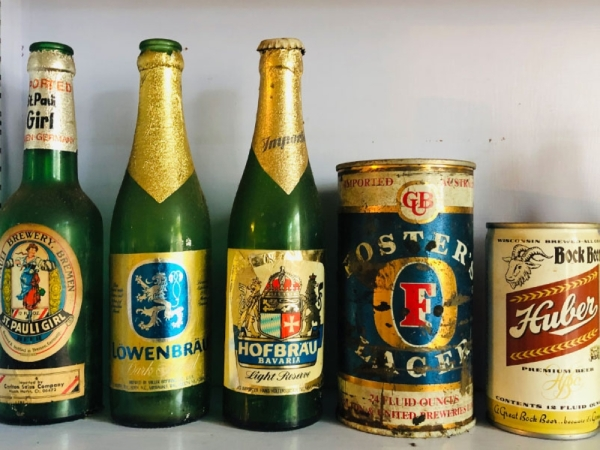 A nod to the history of beer and wine, Stave Beer and Wine House features an extensive collection of beer and wine memorabilia and artifacts. (Ian Pribanic/Community Impact Newspaper)