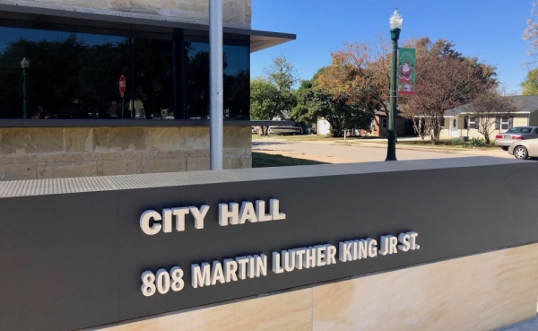 Georgetown's City Hall is located at 808 Martin Luther King Jr. St. (Sally Grace Holtgrieve/Community Impact Newspaper)