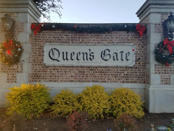 Queen's Gate is located northeast of Rolater and Preston roads. (Lindsey Juarez Monsivais/Community Impact Newspaper)