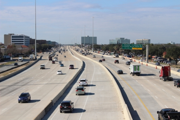 Hwy. 290 was among the roads to see congestion decrease between 2018 and 2019. (Shawn Arrajj/Community Impact Newspaper.