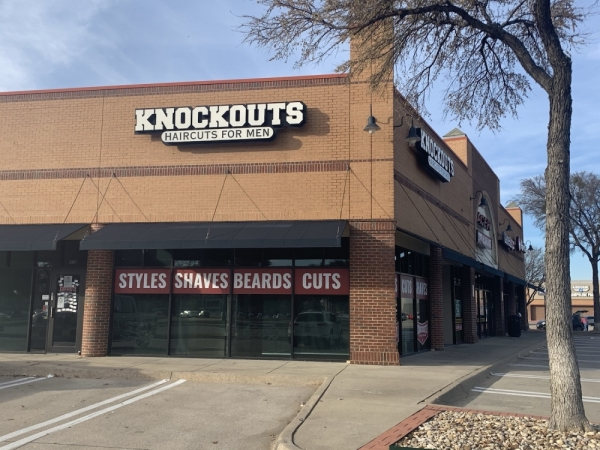 Knockouts: Haircuts for Men closed Nov. 30 after 13 years of business. (Brian Pardue/Community Impact Newspaper)