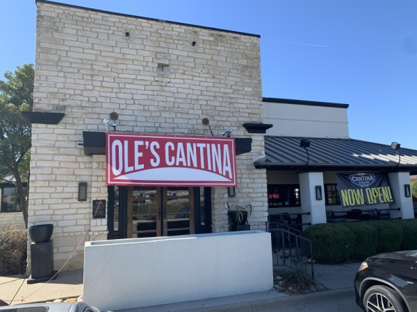 ole's cantina storefront lewisville