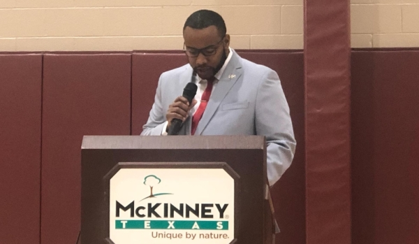 McKinney City Council member La'Shadion Shemwell addressed recall efforts against him during a Dec. 16 town hall meeting. (Emily Davis/Community Impact Newspaper)
