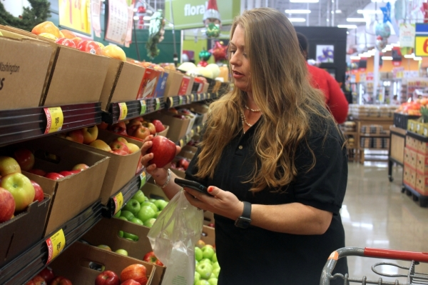 Verna Soria launched her own personal shopping app, Shop with Verna, in 2019. She has worked for several on-demand services companies, including Instacart. (Amy Denney/Community Impact Newspaper)