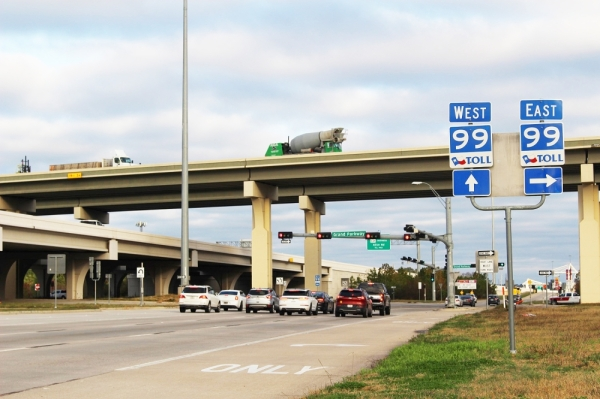 The Harris County Toll Road Authority anticipates beginning construction this spring on director connectors between Hwy. 249 and the Grand Parkway. (Anna Lotz/Community Impact Newspaper)