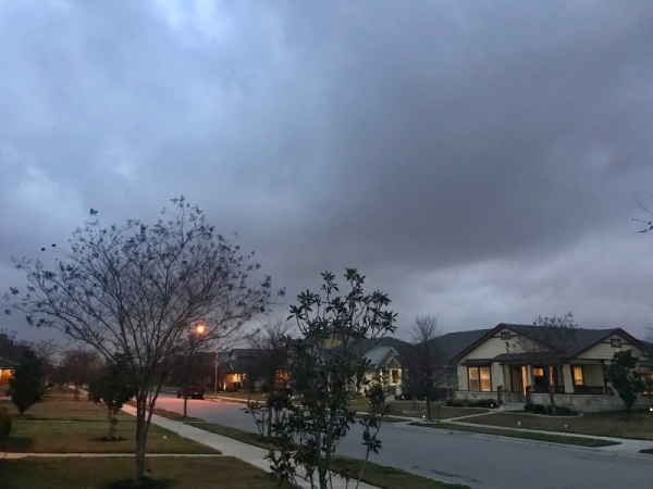 Clouds roll into Travis County ahead of rain on Jan. 10. (Nicholas Cicale/Community Impact Newspaper)
