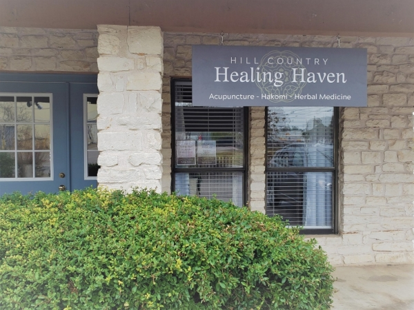 A photo of the facade of Hill Country Healing Haven.