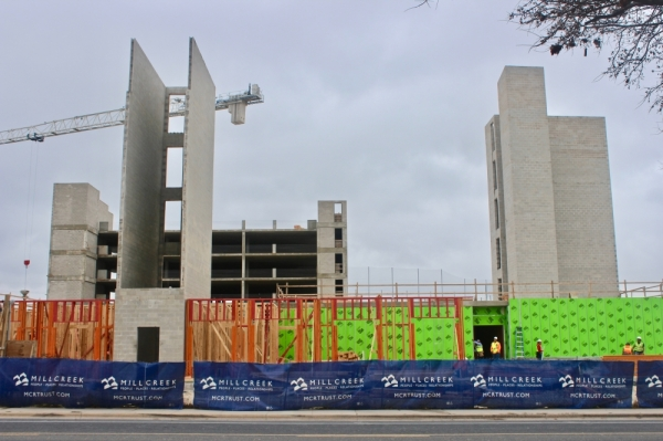 The apartment complex will have about 354 apartments. (Amy Denney/Community Impact Newspaper)