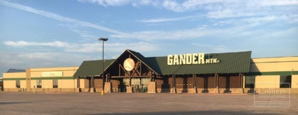 Gander Mountain closed its Cy-Fair location in 2017. (Courtesy Colliers International)