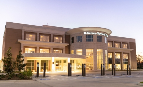The Kingwood clinic opened in a new location Jan. 20 at 25553 Hwy. 59, Porter. (Courtesy Kelsey-Seybold Clinic Kingwood)