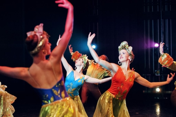 "Ballets with a Twist will bring ""Cocktail Hour: The Show"" to the Eisemann Center on Feb. 28. (Courtesy Nico Malvaldi)"