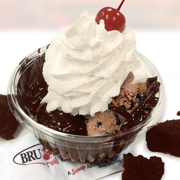 bruster's hot fudge brownie sundae