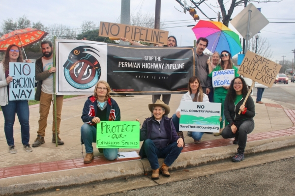 Residents of Hays County gathered Jan. 17 to oppose the Kinder Morgan pipeline. (Evelin Garcia/Community Impact Newspaper)