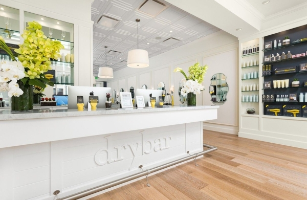 Drybar is now open at Hill Center Brentwood. Courtesy Drybar