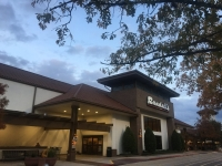 The Randall's stores in Panther Creek and Grogan's Mill in The Woodlands will close in February. (Vanessa Holt/Community Impact Newspaper)