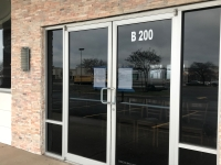 Royal Chenab, an Indian-Pakistani restaurant in Round Rock, closed its restaurant on or before Dec. 3, according to signage posted on the establishment's doors. (Kelsey Thompson/Community Impact Newspaper)