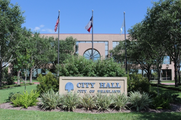 Pearland city hall