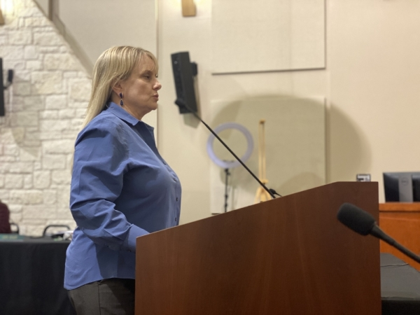 Parks and Recreation Director Andra Bennett addresses City Council during the Feb. 3 special meeting. (Brian Rash/Community Impact Newspaper)