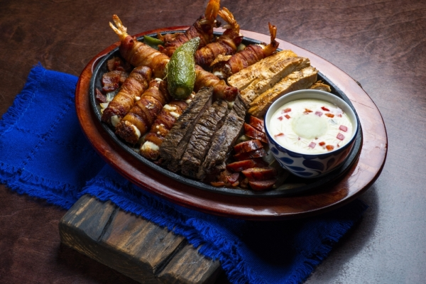 The restaurant serves a variety of Mexican dishes and drinks. (Courtesy Mezcal Cantina Mexican Kitchen)