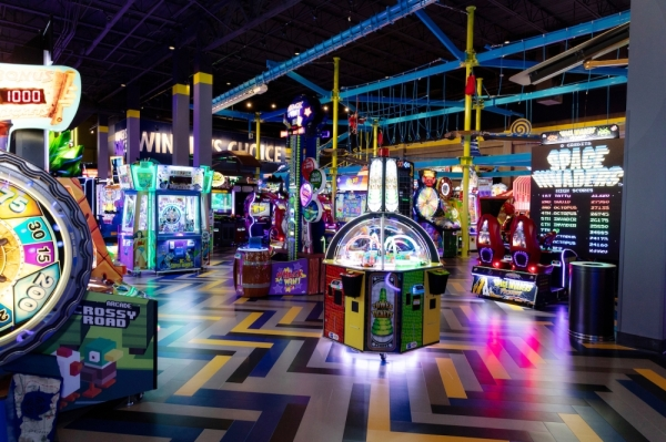 The Dallas Cowboys and Main Event announced a partnership Jan. 22. (Courtesy Main Event)    The entertainment venue offers arcade games, bowling, laser tag, mini golf and more. (Courtesy Main Event)