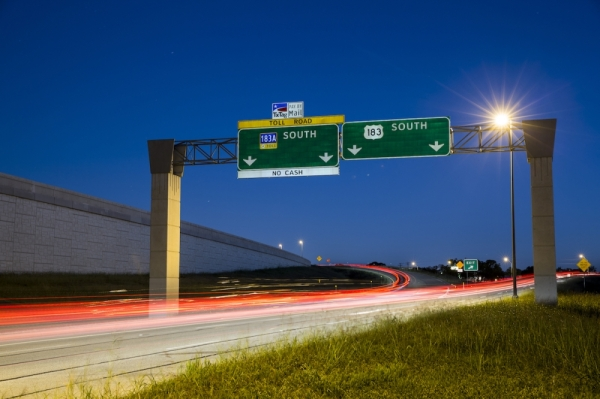 Motorists in Cedar Park may have to wait until 2026 before they can drive frontage roads along a nearly 3-mile stretch of Toll 183A. (Community Impact Newspaper file photo)