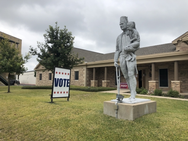 A sign guides voters in during the Nov. 6, 2019, election at Ben Hur Shrine Temple in north Central Austin. (Jack Flagler/Community Impact Newspaper)