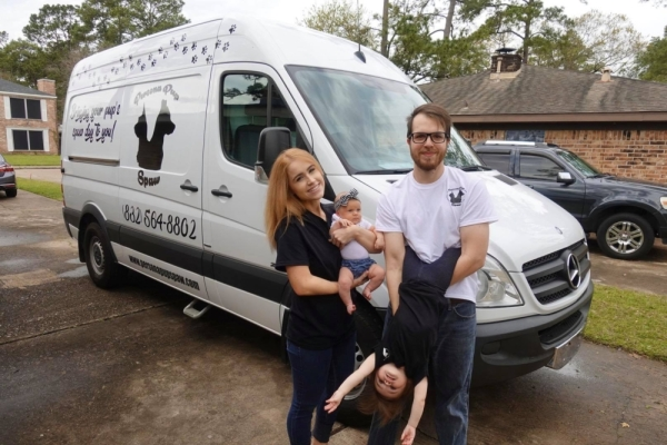 Owned by husband and wife Zach and Megan Holmes, Zach has more than 11 years of experience in the industry. (Courtesy Persona Pup Spaw)