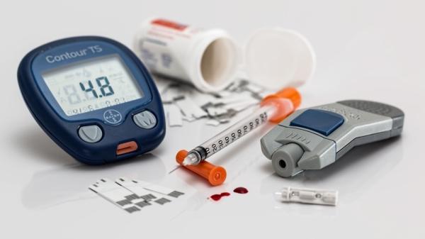 Diabetes blood testing equipment (Courtesy Peakpx)