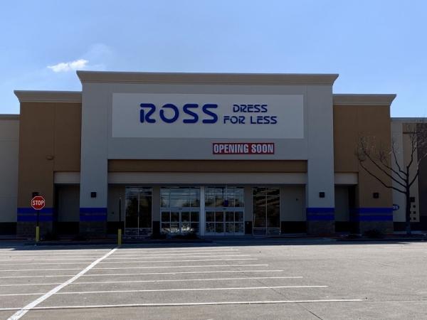 The store is now open in Vista Ridge Plaza. (Jason Lindsay/Community Impact Newspaper)