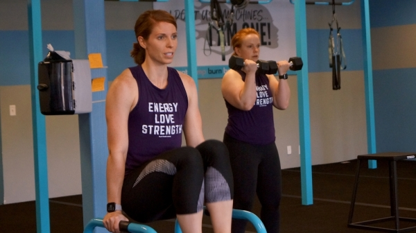 Each move included in a circuit includes a modification down, for beginners or those with an injury, as well as a modification up, for those looking to take their fitness abilities to the next level. Burn Boot Camp also has trainers certified in pre- and postpartum training, with a special focus on help pregnant and newborn mothers rebuild their core. (Kelsey Thompson/Community Impact Newspaper)