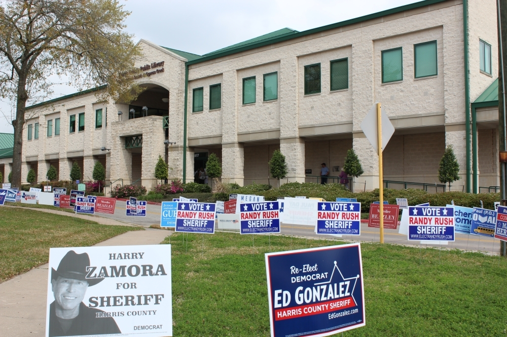The Barbara Bush Library, a branch of the Harris County Public Library System, is one of several polling locations in Harris County. (Hannah Zedaker/Community Impact Newspaper)