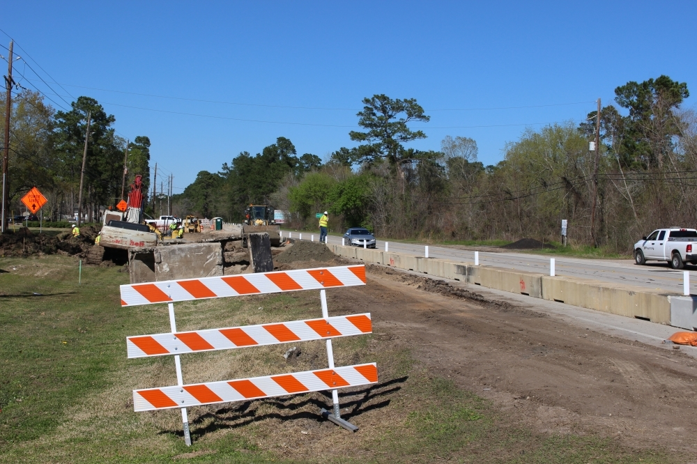 The Texas Department of Transportation's project to expand Loop 494 continues. (Kelly Schafler/Community Impact Newspaper)
