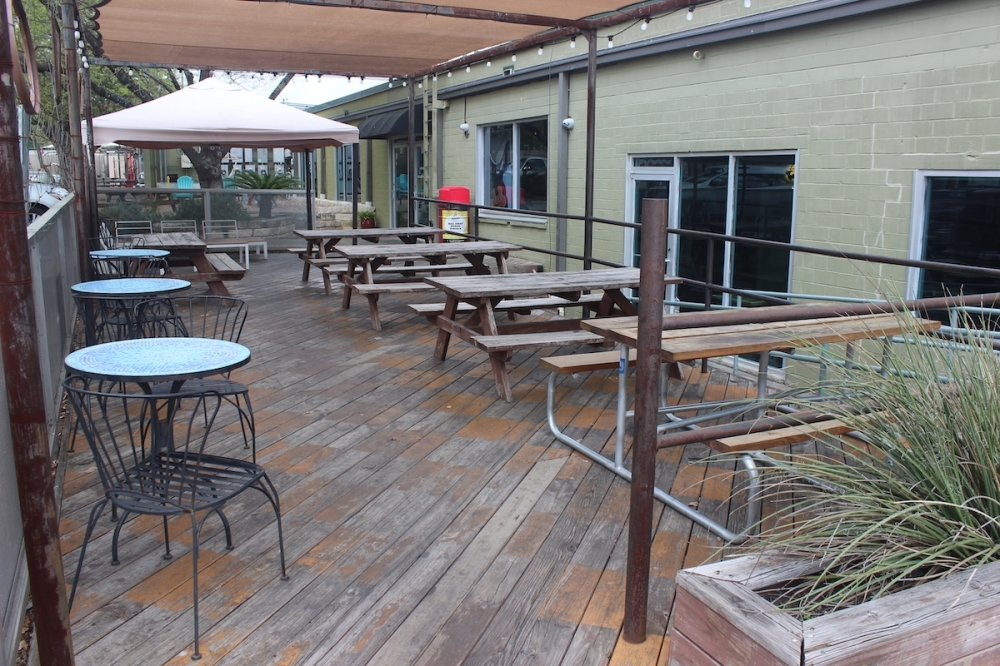 An empty patio at Black's Barbecue on Guadalupe Street in Austin. (Jack Flagler/Community Impact Newspaper)