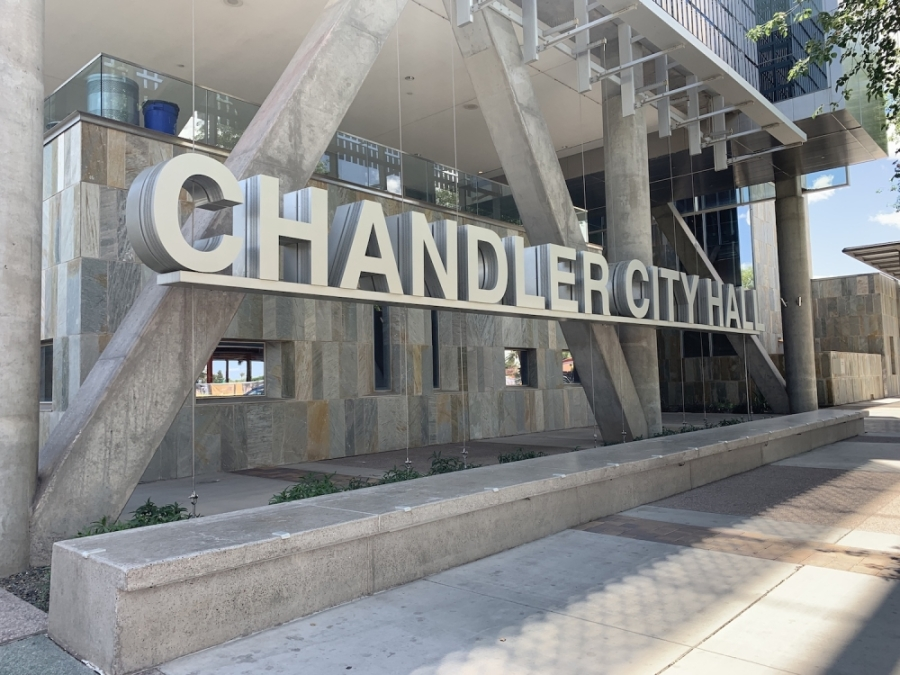 Chandler City Council voted March 26 to allow businesses to use temporary signage to promote their endeavors. (Alexa D'Angelo/Community Impact Newspaper)