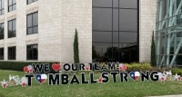 Tomball Yard Greetings provides rental greeting signs that can be placed in yards. The business has recently placed signs at HCA Houston Healthcare Tomball to honor health care workers during the coronavirus outbreak. (Courtesy Tomball Yard Greetings)