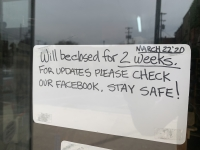 A downtown San Marcos business announced its closing on the door. (Joe Warner/Community Impact Newspaper)