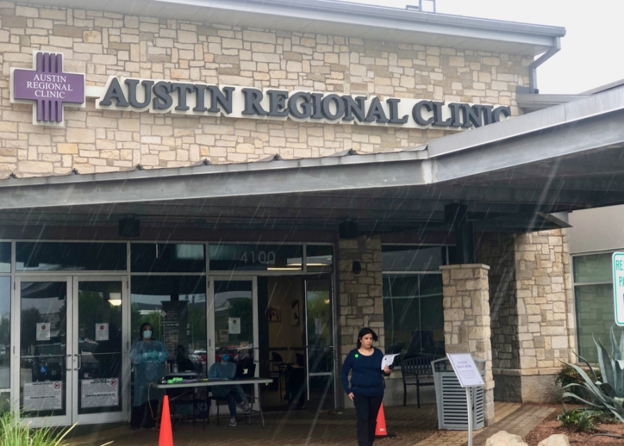 Austin Regional Clinic in Kyle started offering drive-up testing for coronavirus March 31. (Evelin Garcia/ Community Impact Newspaper)