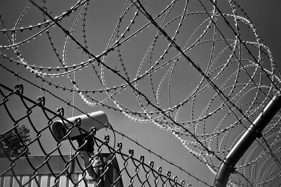 Six jail employees who had contact with the inmate have been sent home for self-quarantine. (Courtesy Pexels)